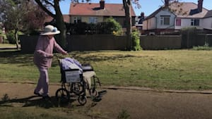 101-year-old walking laps of park to raise funds for NHS