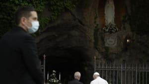 Papst Franziskus: Rosenkranzgebet für Pflegepersonal