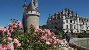 Nach Covid-19: Loire-Schlösser, im Gänsemarsch