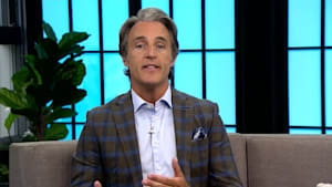 Ben Mulroney Announces He's Stepping Down As 'eTalk' Anchor