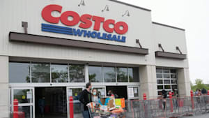 Costco is discontinuing its half-sheet cakes
