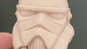 Watch this artist sculpt a Star Wars Stormtrooper helmet out of clay