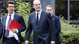 Frankreichs neues Kabinett: Auch Assanges Anwalt ist dabei