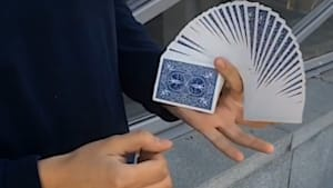 Russian 'cardist' performs oddly mesmerizing card tricks