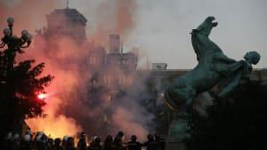 Serbien: Covid weiter Anlass für politische Proteste gegen Präsident Vučić