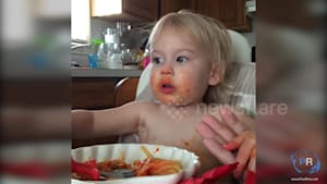 Adorable toddler leads family prayer before eating