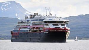 [CDATA[Alle Passagiere müssen in Quarantäne: Crew-Mitglieder auf Kreuzfahrtschiff infiziert]]