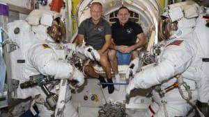 [CDATA[Trotz Hurrikan vor Florida: ISS-Astronauten kehren zurück]]