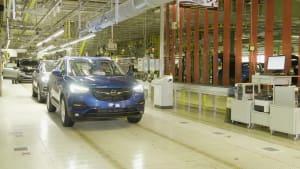 Made in Eisenach - Erster Opel Grandland X Plug-in-Hybrid mit Frontantrieb fährt vom Band