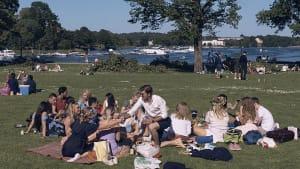 Schwedens Behörden und Bürger zufrieden mit dem Pandemie-Management