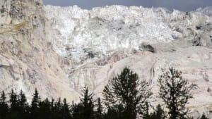 500.000 Kubikmeter Gletschereis drohen abzustürzen
