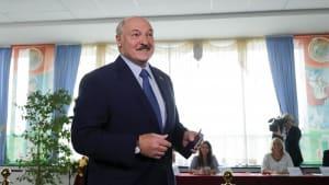 Belarus: Lukaschenko vor deutlichem Sieg - Berichte über Festnahmen