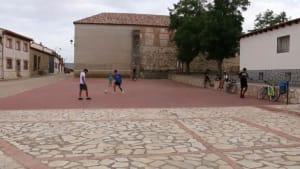 Torre del Burgo: Multikulti-Dorf in der spanischen Einöde