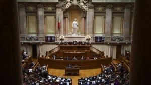 Wie Ku-Klux-Klan? Rassistische Drohmails von Neonazis in Portugal