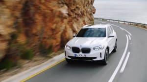 Der erste BMW iX3 - Das erste Sports Activity Vehicle mit rein elektrischem Antrieb