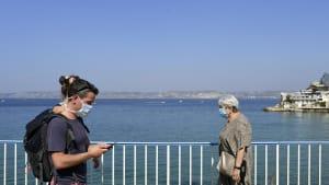 Masken reichen nicht: In England und Frankreich werden Lockerungen zurückgefahren