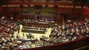 Verfassungsreferendum: Wird das italienische Parlament verschlankt?