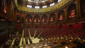 Weniger Abgeordnete: Schafft Rom, was in Berlin nicht klappt?