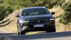 Neuer Opel Insignia GSi feiert Weltpremiere auf Brüsseler Autosalon