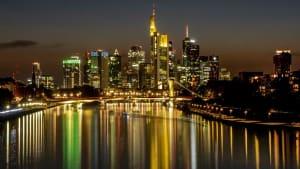 Geschäftstätigkeit in Eurozone bleibt auf ´niedrigem Niveau