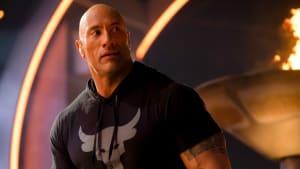 """Heftiges Beintraining von """"The Rock"""": So halten seine Beine auch die Stunts aus"""