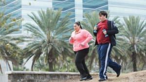 Sie nehmen gemeinsam ab: Ihre körperliche Verwandlung begeistert das Netz