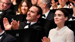 Das Baby kam schon im August: Joaquin Phoenix und Rooney Mara sind Eltern