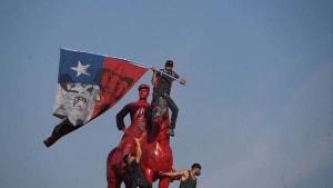 Vor 1. Jahrestag der Proteste: Krawalle in Santiago