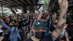 Friedliche Massenproteste in Thailand