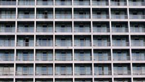 Urlaubsalptraum in Griechenland: 6 Touristen sitzen in Covid-19-Hotel fest