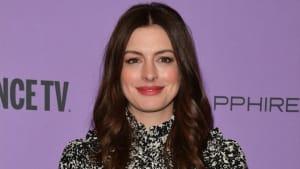 """Am Set von """"Hexen hexen"""": Anne Hathaway gibt schaurig-schönen Einblick"""