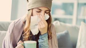 Schneller gesund: Diese Hausmittel helfen gegen Erkältung