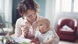 Baby wird vegan ernährt: Wie es aussieht, macht die Ärzte wütend
