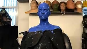 Anne Hathaway's makeup team slathered her in blue for her role in 'The Witches'