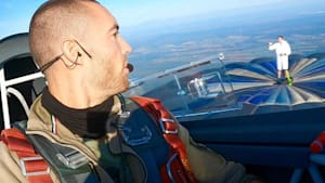 This Ukrainian pilot does the coolest stunts in the sky