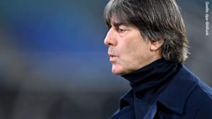 Copy of: Trennt sich der DFB von Bundestrainer Joachim Löw? Krisensitzung soll entscheiden