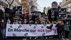"""Erfolg der Straße: """"Vollständige Neufassung von Artikel 24"""" in Frankreich"""