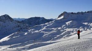 Einsam ist's auf der Zugspitze - trotz 50 cm Neuschnee