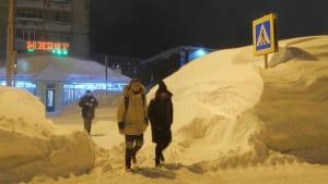Schneemassen und schwere Stürme in Norilsk, der nördlichsten Großstadt der Welt