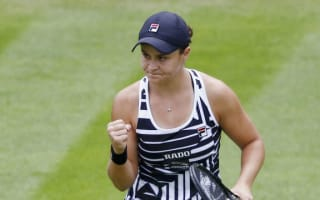 Barty settles in quickly but Konta dumped out at Birmingham Classic