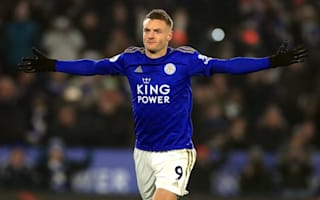 Villa boss Smith impressed by Foxes' in-form Vardy