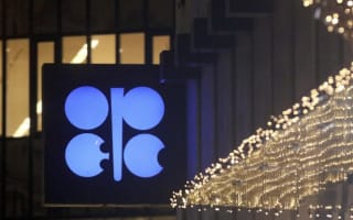 Opec strikes deal with Russia to cut crude oil production
