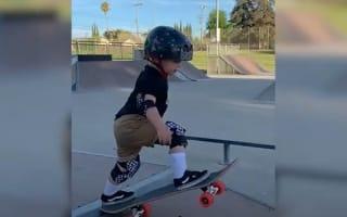 若干2歳の天才スケボー少年がスゴい!【映像】