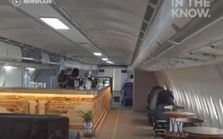 引退した旅客機を改造して作られたカフェが、タイにオープン【映像】