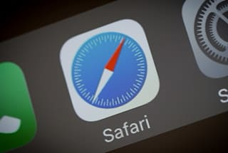 Apple drops Flash from its latest Safari browser preview