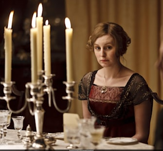 Here's a Downton Abbey makeup tutorial starring Lady Edith herself