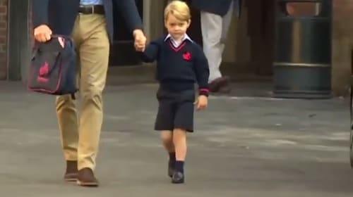 ジョージ王子、ウィリアム王子の付き添いで緊張の初登校【映像】