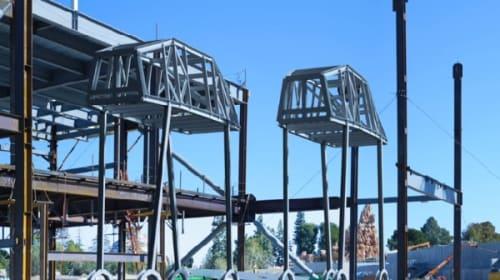 米ディズニー・ワールド、建設中の「スター・ウォーズ・ランド」内部をチラ見せ!