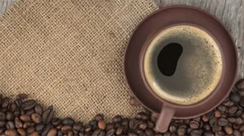 寝起きの一杯は逆効果!? ベストなコーヒータイムは?