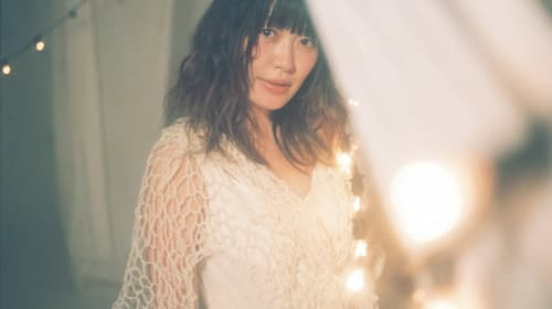 坂本美雨 with CANTUSの新作からリード曲のMV&クロスフェード動画が公開! 特設ページもオープン